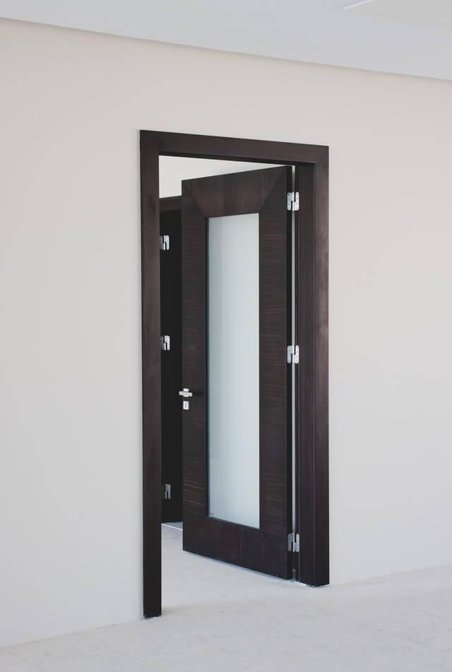 looking-door-replacement-min